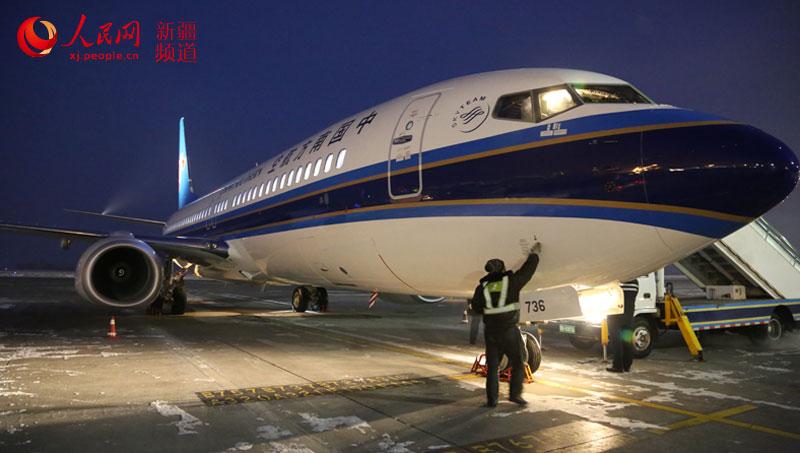 全新波音737-800飞机加盟新疆航线