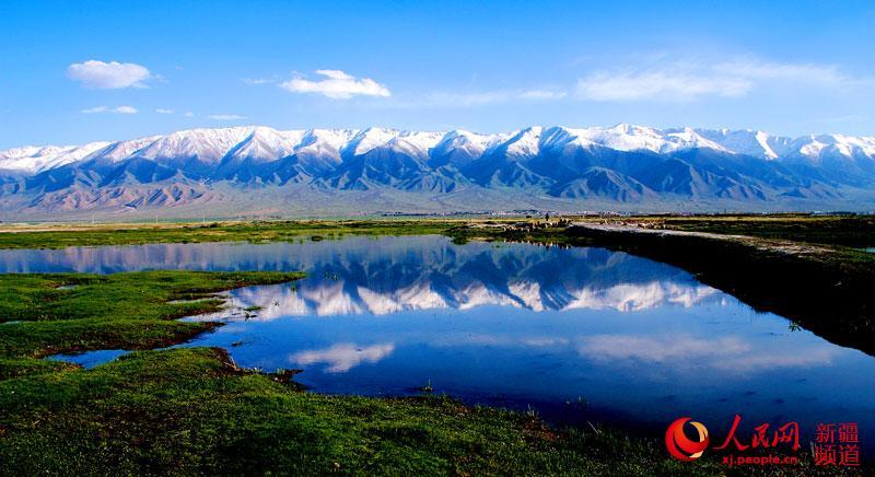 新疆哈密东天山风光 周生国 摄