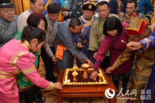 蒙古族的传统节日图片