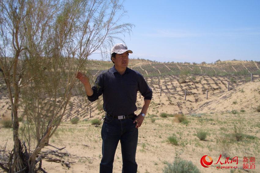 """""""我是土生土长的新疆人,出生在塔里木河畔,对塔里木河有着深厚的感情"""