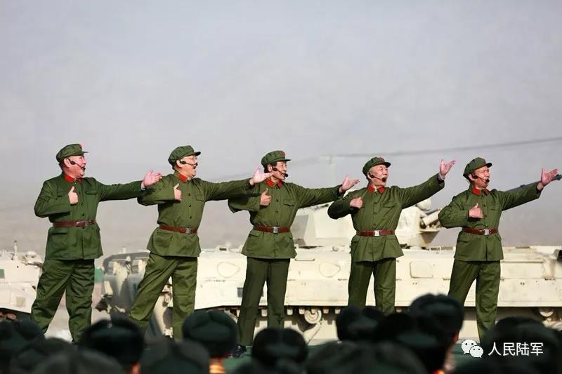 新疆军区某装甲团:1年5人一等功!