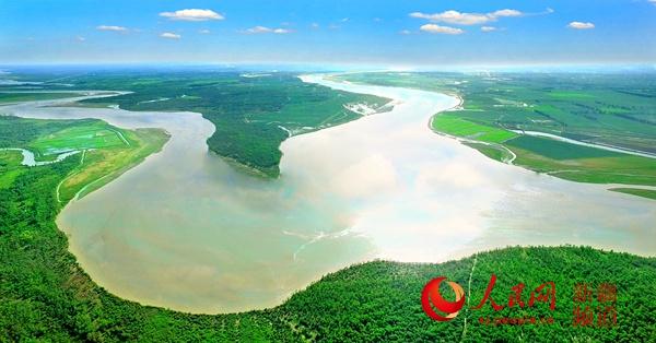 兵团地标故事――塔里木河源头:创造生命的绿色